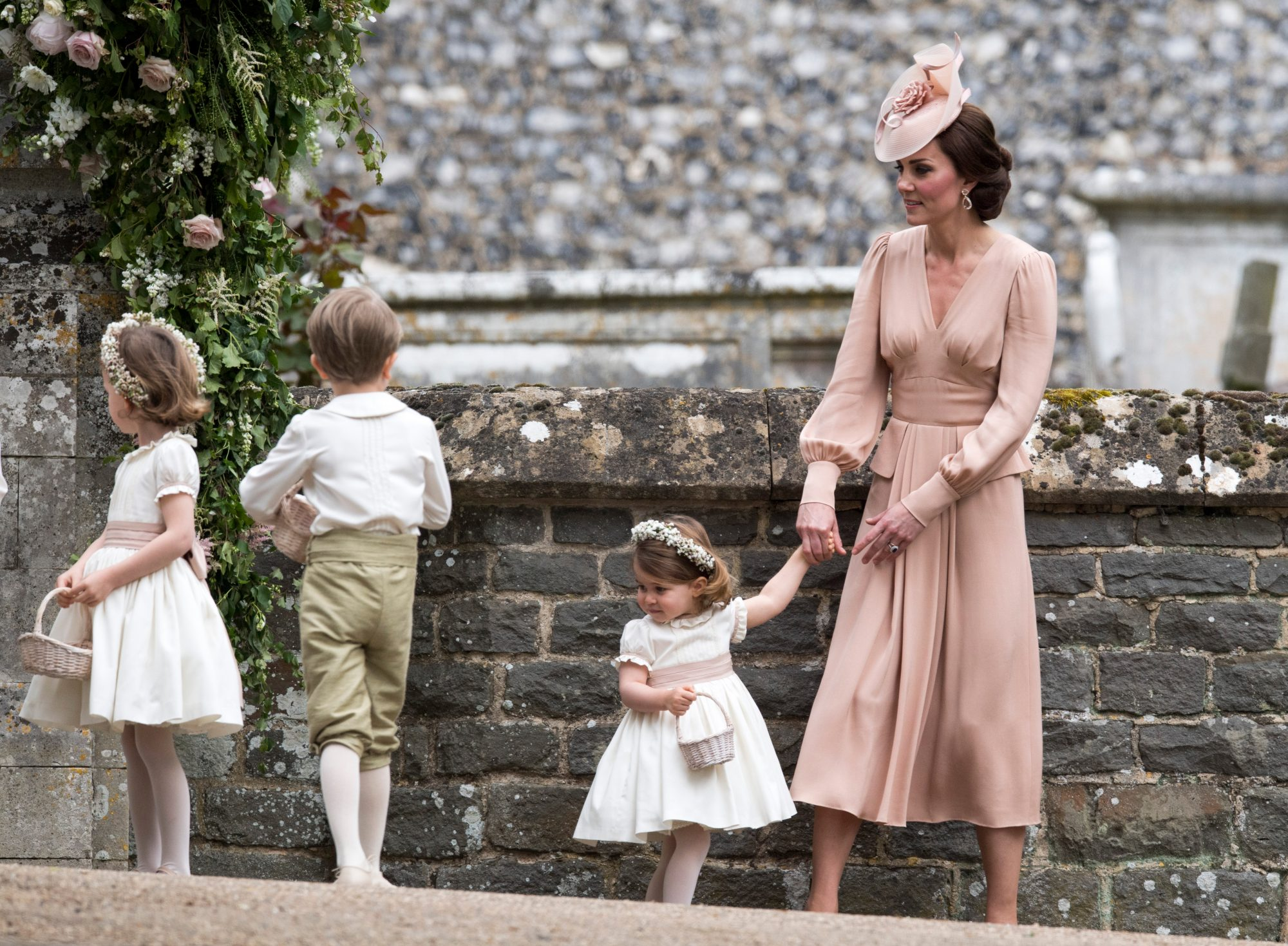 Kates Dress For Pippas Wedding Made Headlines For A Specific