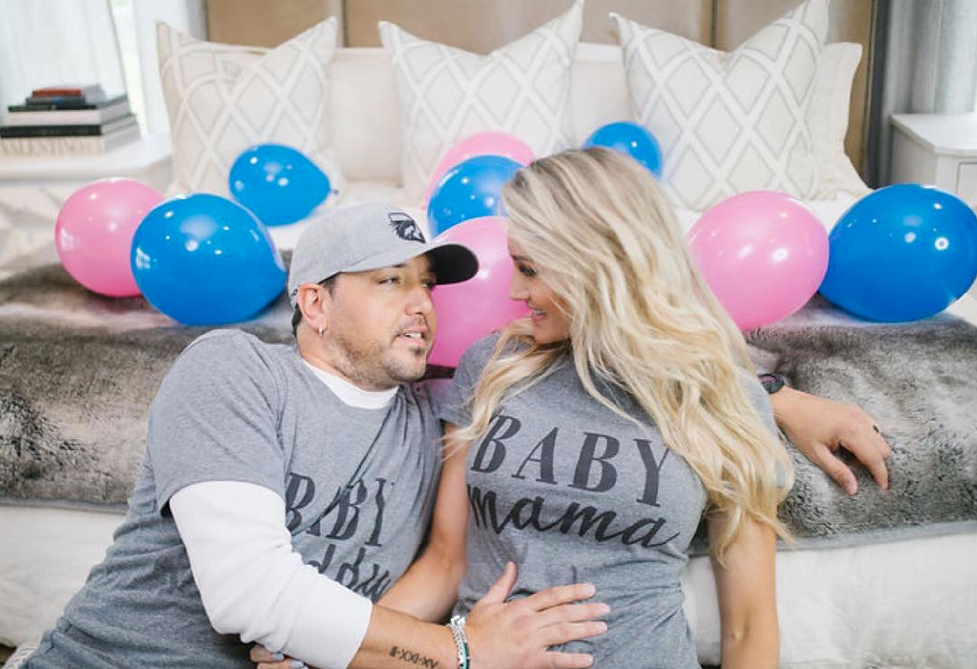Jason Aldean Brittany Kerr Expecting