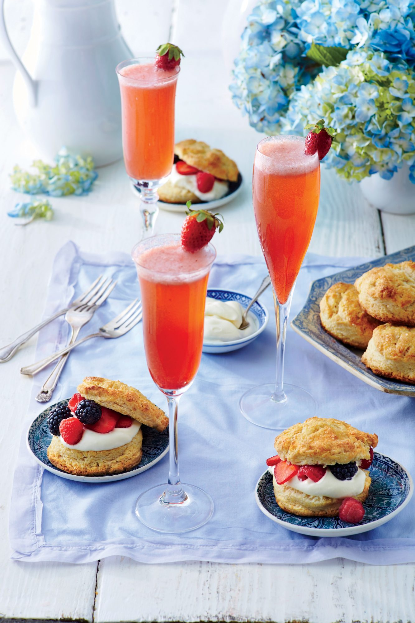 Shortcakes with Lemon Cream Filling