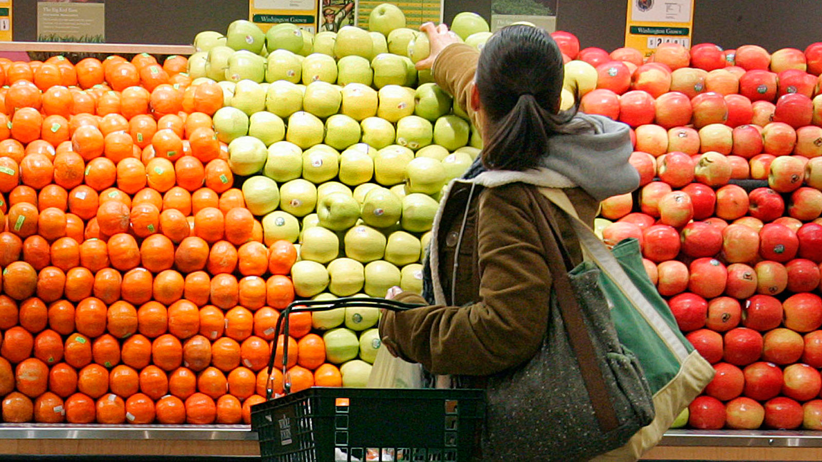 Customers Like This Grocery Store More Than Whole Foods