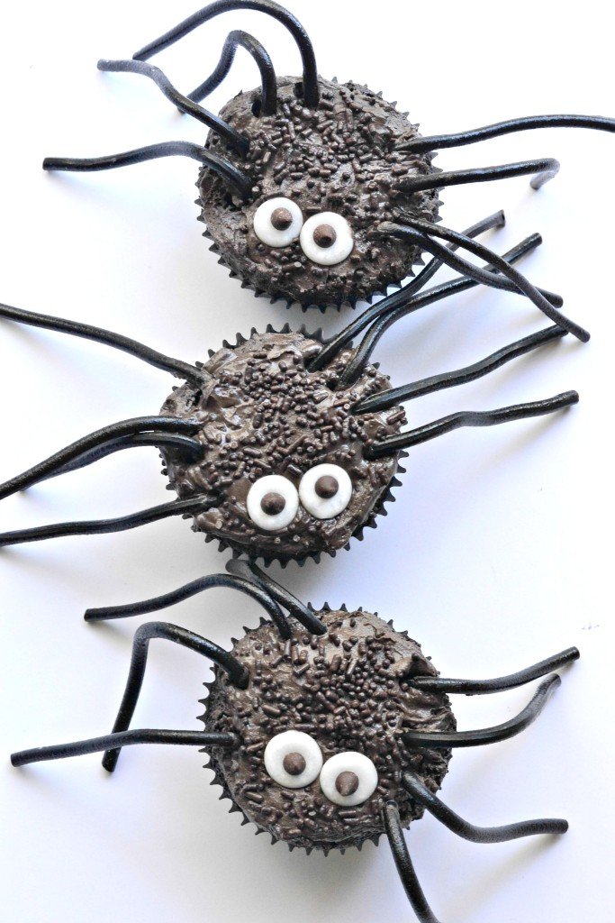 Black Widow Spider Cupcakes