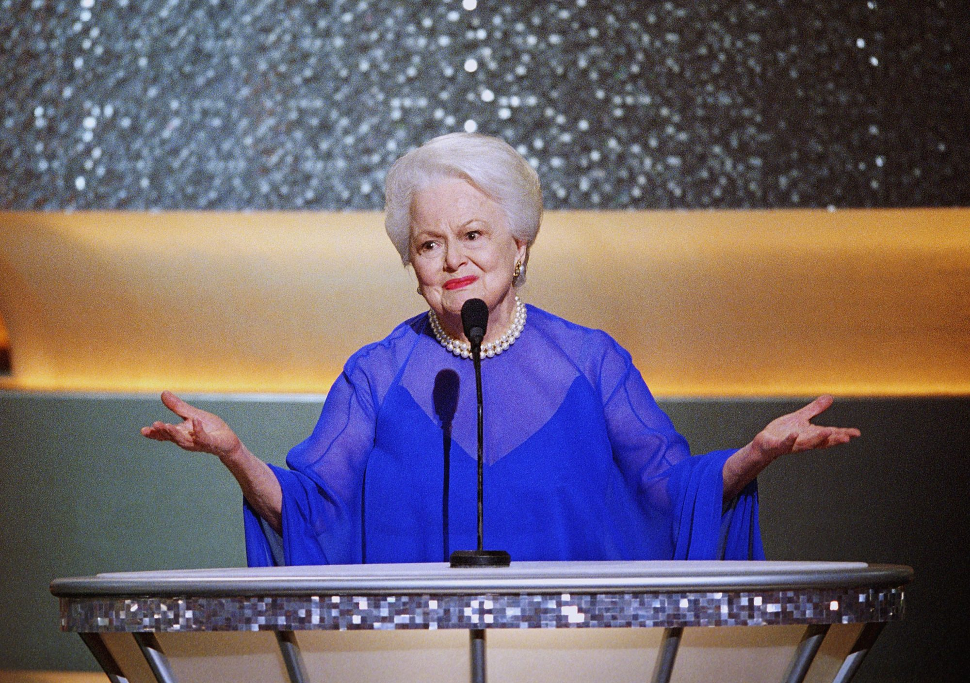 olivia de havilland awards ceremony