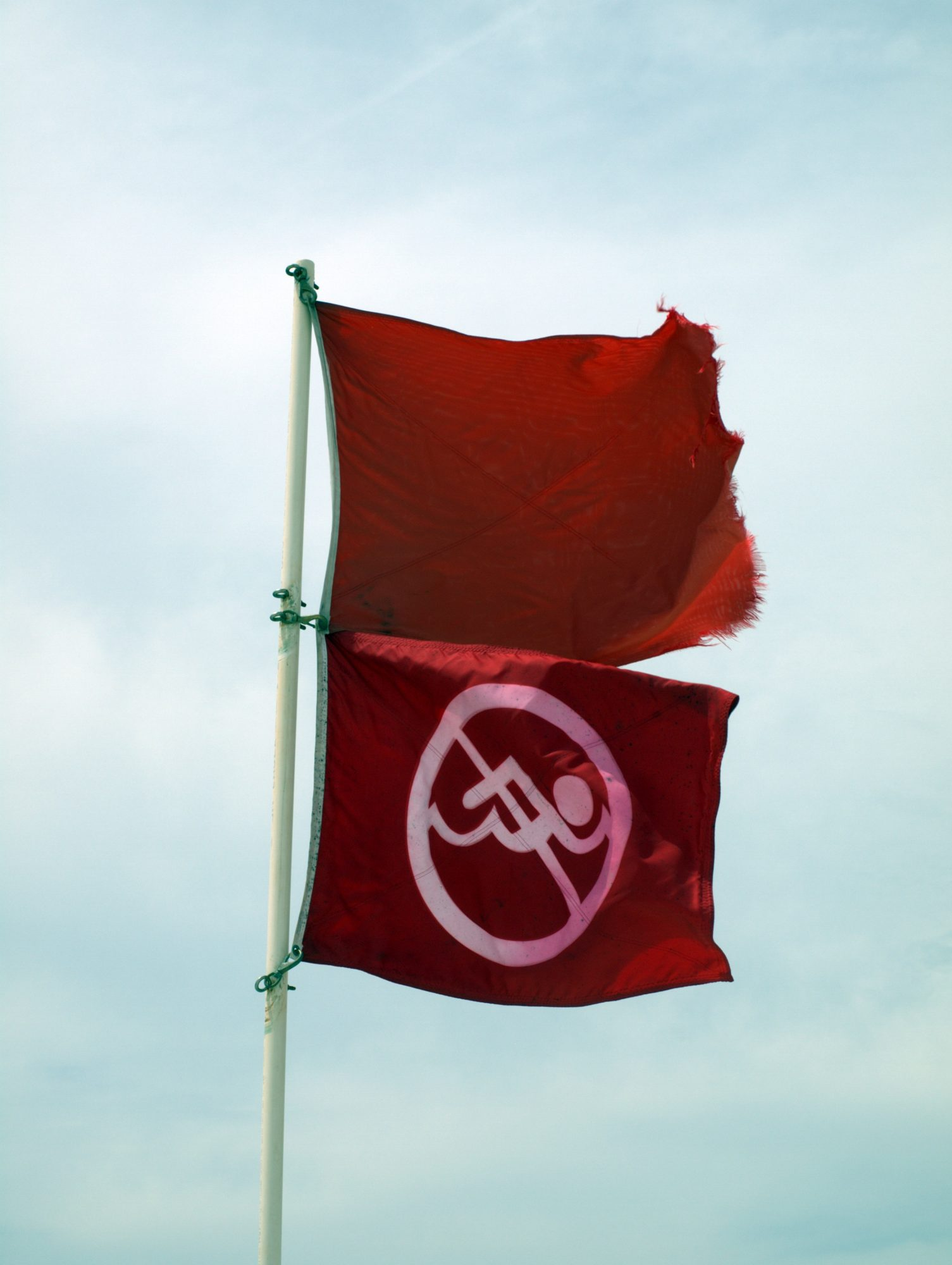 double red flag beach warning