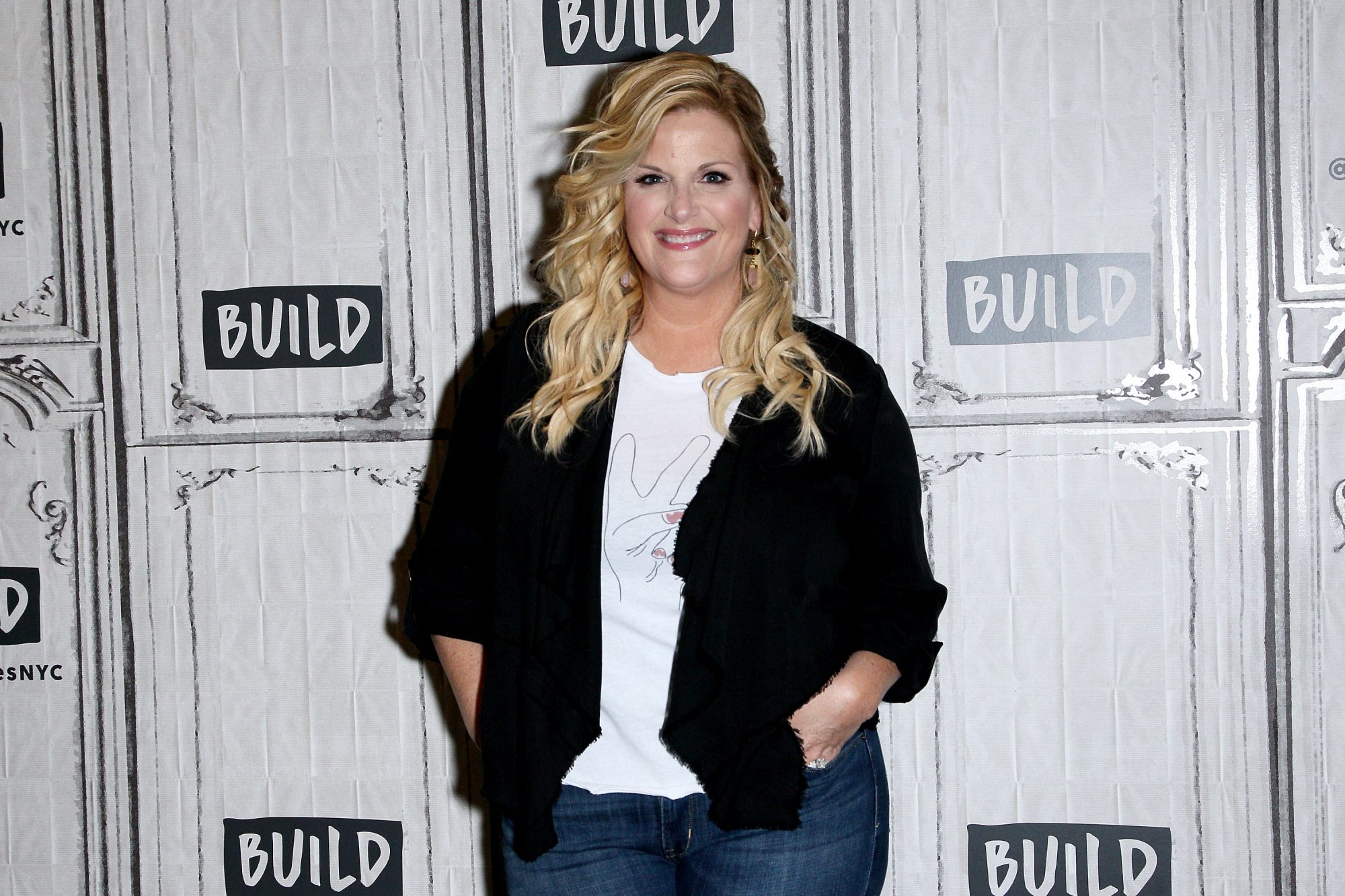 trisha yearwood smiling