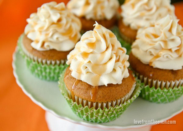 Pumpkin Cupcakes With Caramel Cream Cheese Frosting