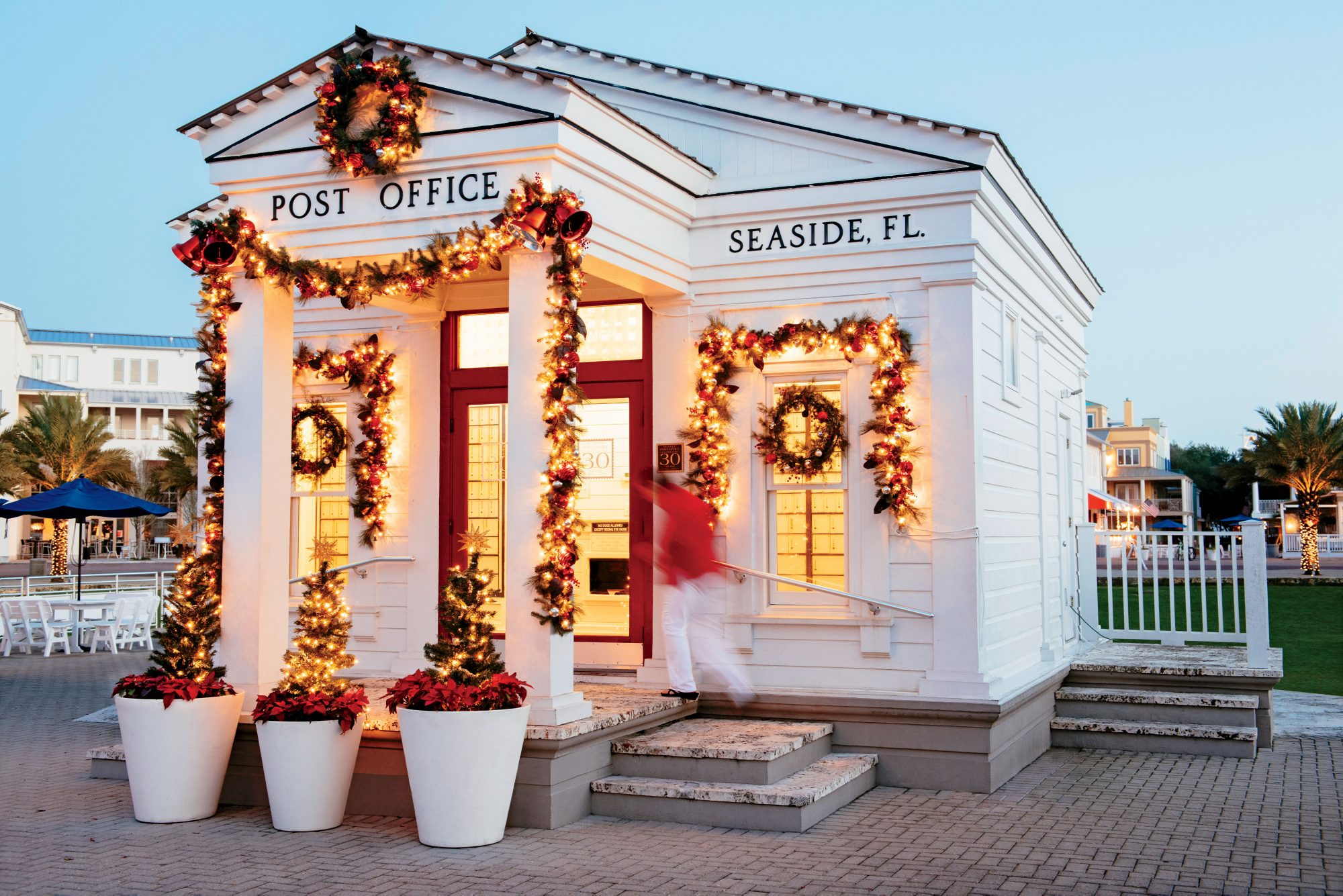 the best christmas towns for a perfect small town holiday southern living - Post Office Christmas Hours