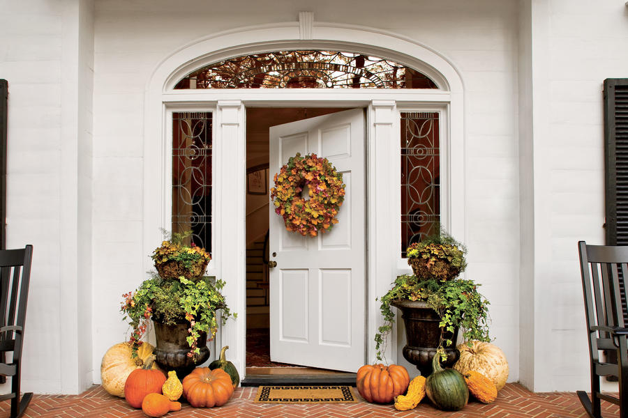 Diy Fall Home Decor Ideas 2018: Front Porches That Have Us So Ready For Fall
