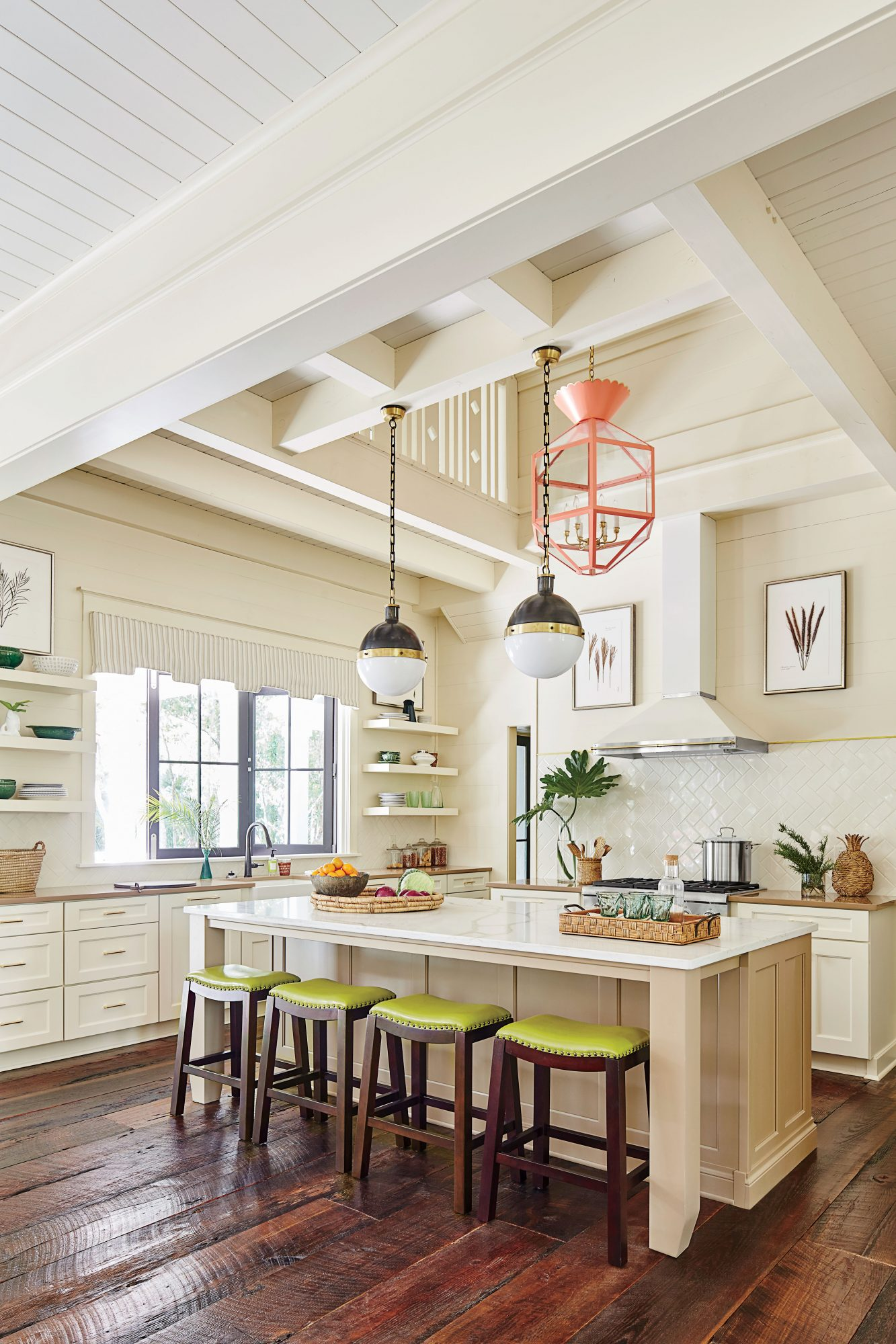 What Does It Take To Make A Kitchen Welcoming? - Southern Living