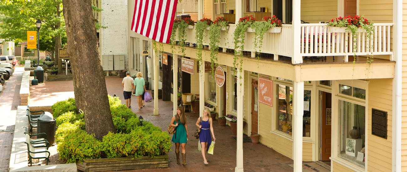 The Prettiest Small Towns in Georgia