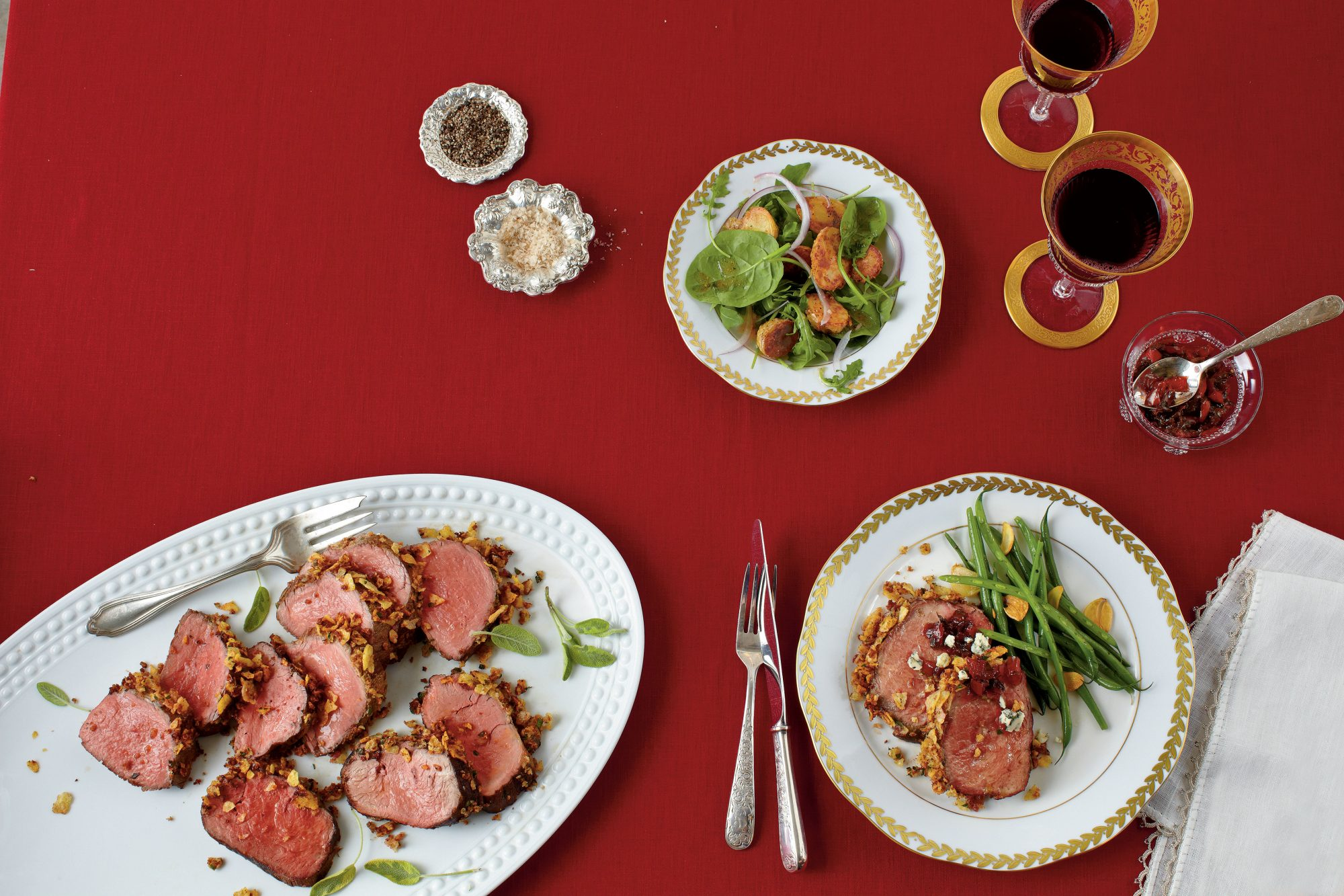 Herb-and-Potato Chip-Crusted Beef Tenderloin