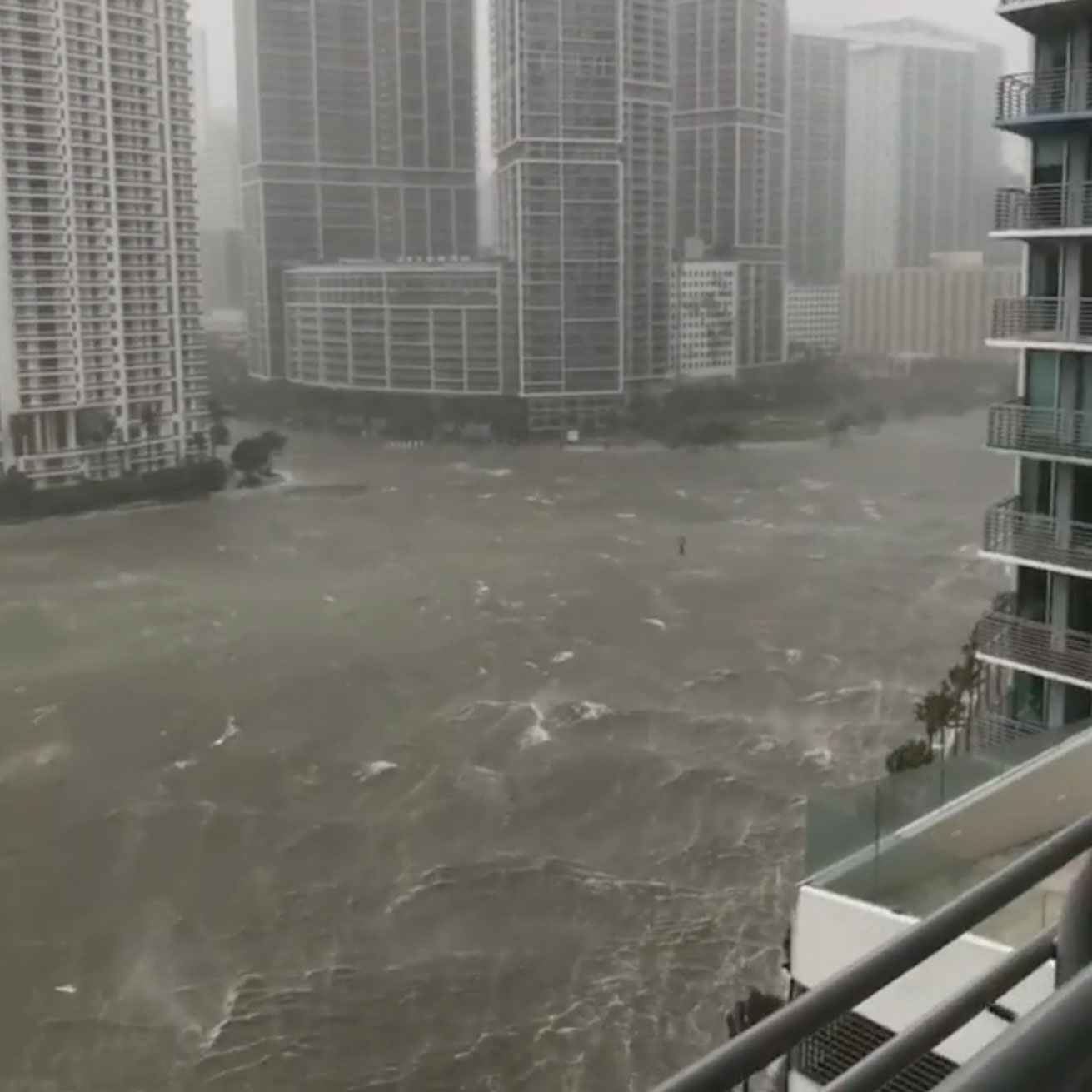 Dramatic Video Shows Irma Waves Breaking Through Miami Seawall and Completely Flooding Streets