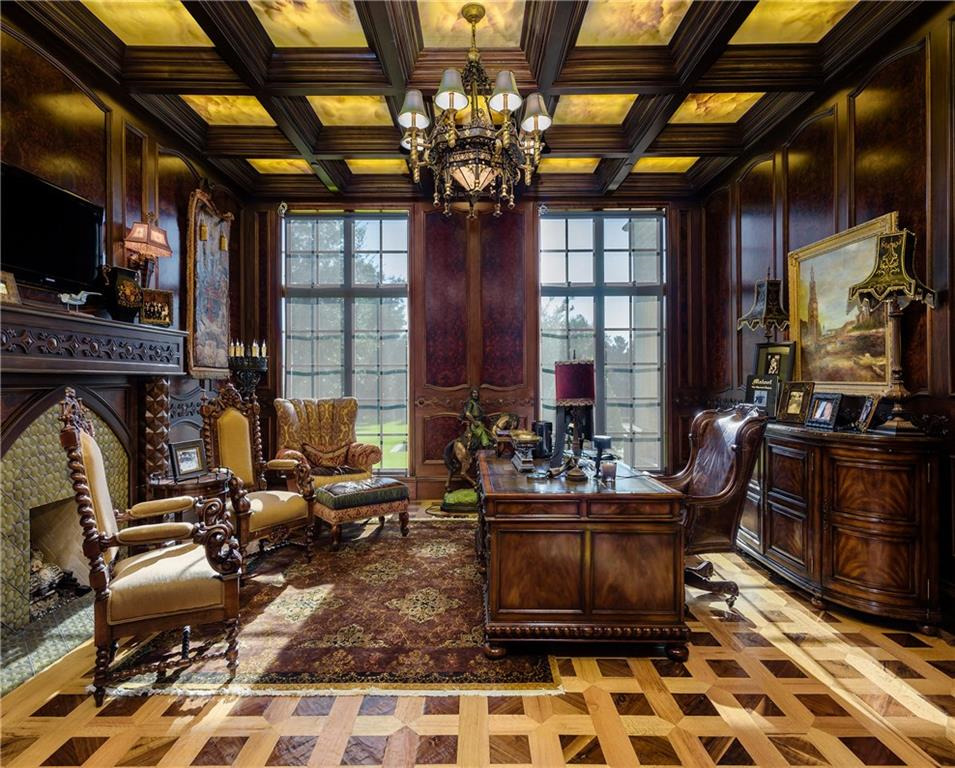 RX_1709_Dallas Mega-Mansion For Sale_Office