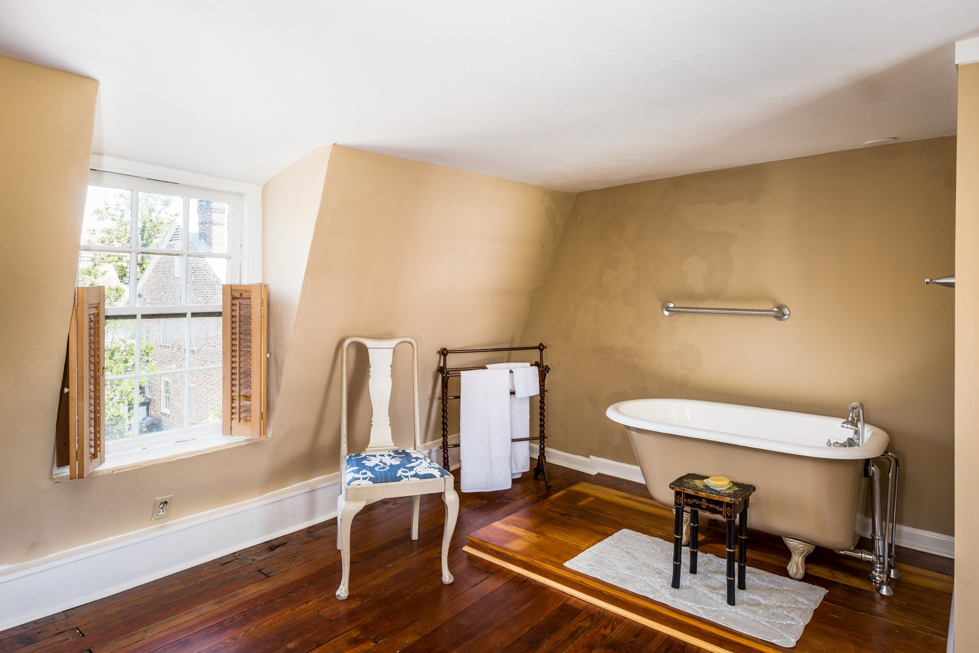 Charleston Pink House A Full Bath With a Claw Foot Tub and Plenty of Extra Space
