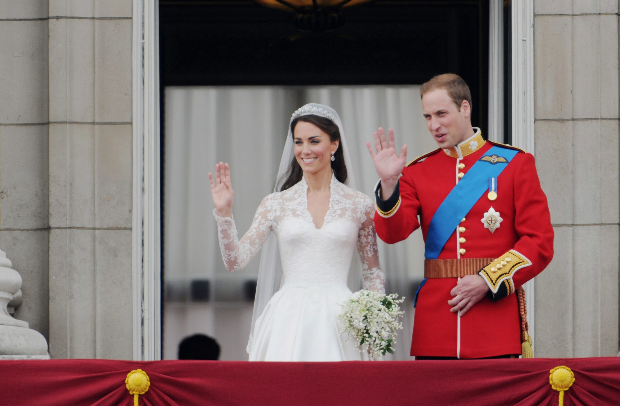 Kate Middleton and Prince William Waving After Wedding