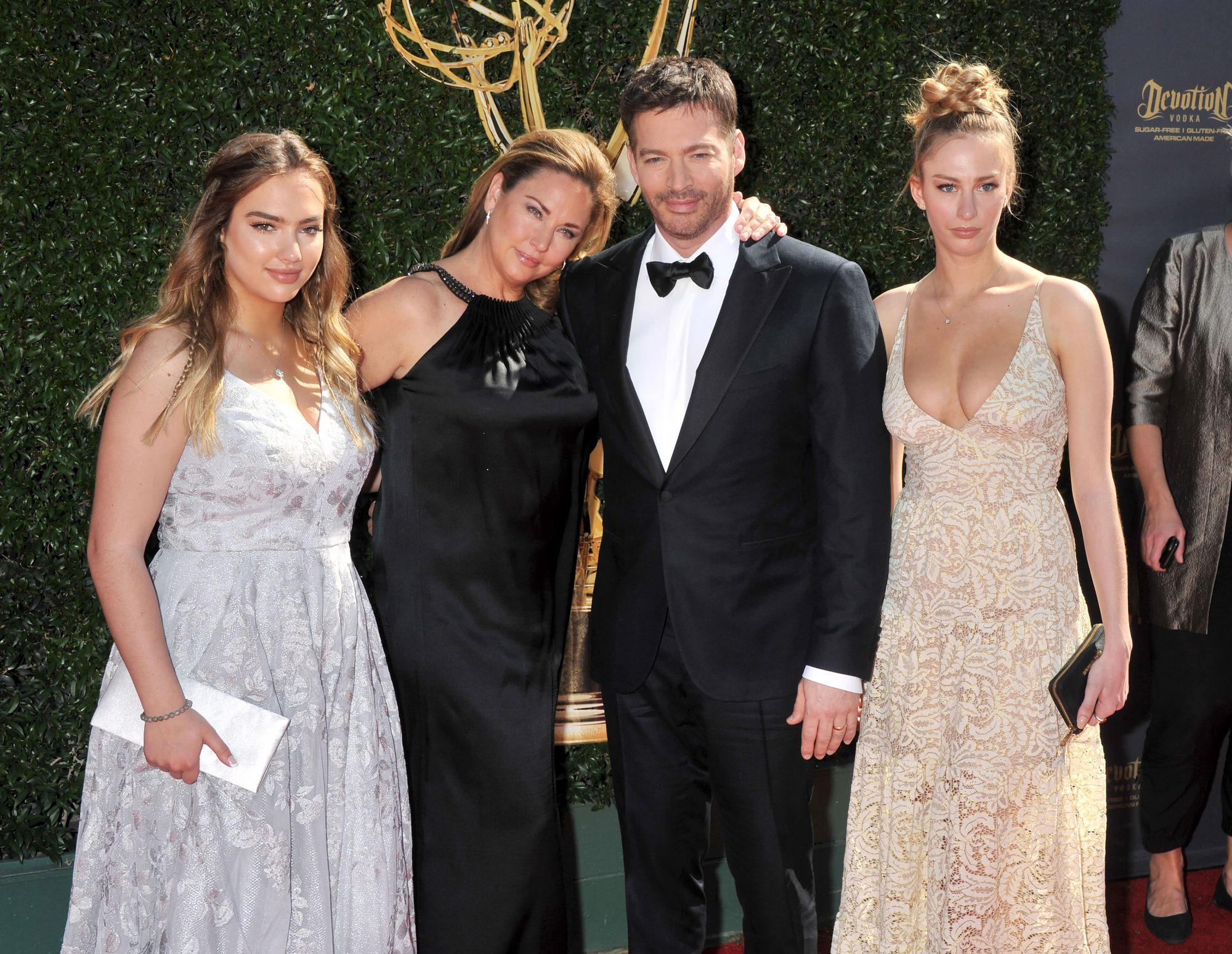 Harry Connick Jr, Wife, and Two Daughters
