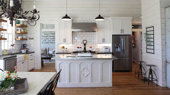 Joanna gaines reveals the favorite part of her kitchen for Kitchen ideas joanna gaines