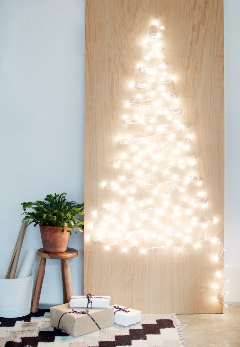 DIY String of Lights Christmas Tree
