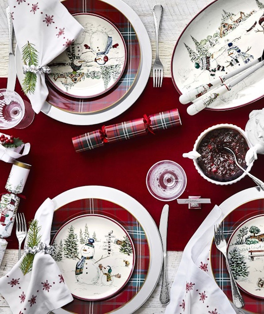 The British Christmas Tradition That Made My Family Parties Less Boring