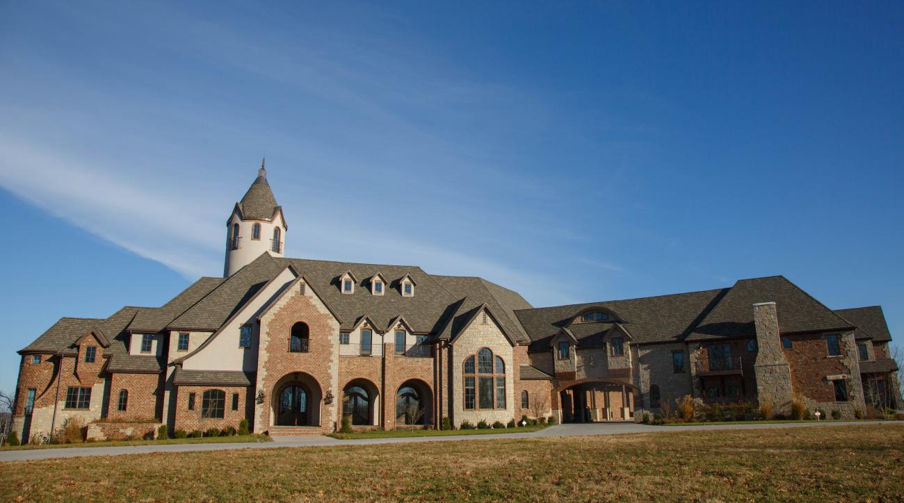Cole Hamels Donates $10 Million Missouri Mansion to Camp for Special Needs Children