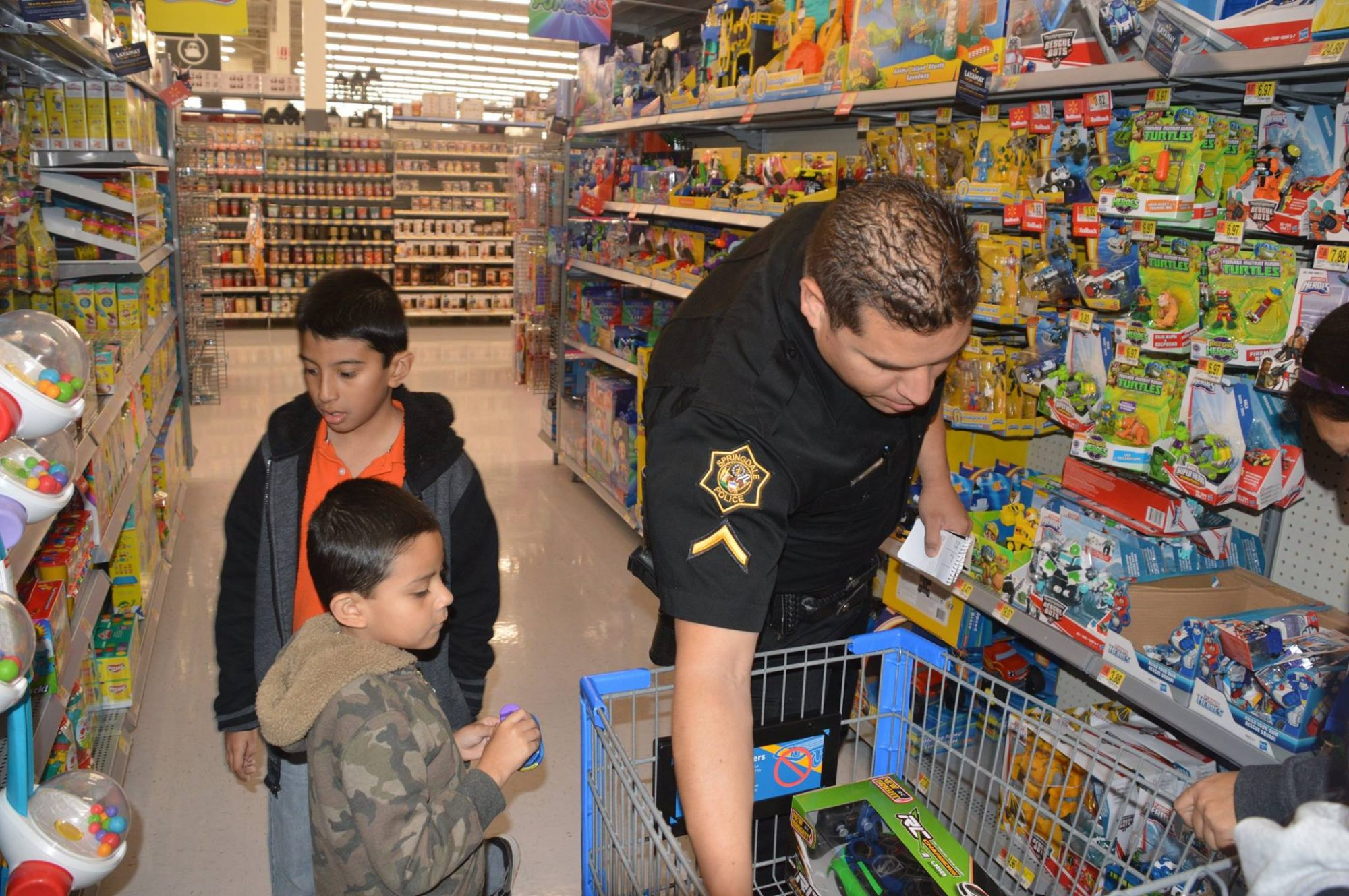 Springdale Police Shop with a Cop