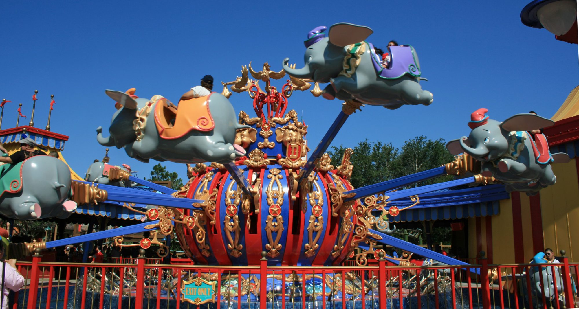 Disney World Dumbo Ride