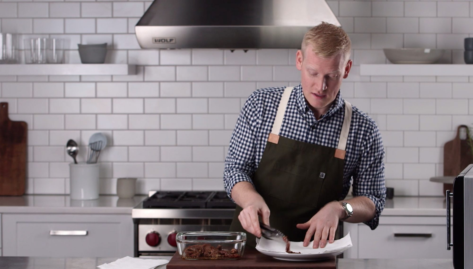 A Microwave Makes Homemade Beef Jerky a Snap in this Mad Genius Tip