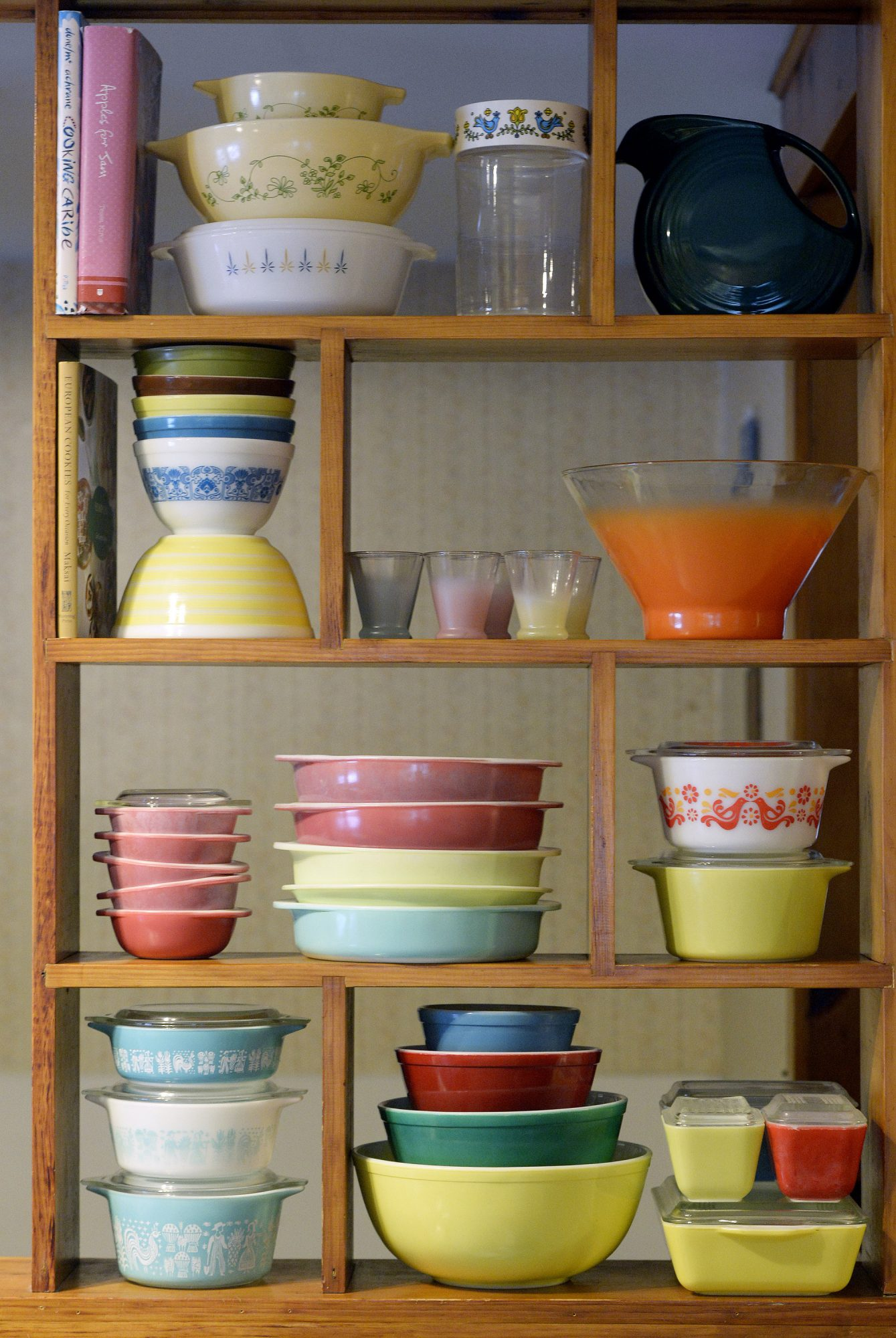 casserole dishes Pyrex