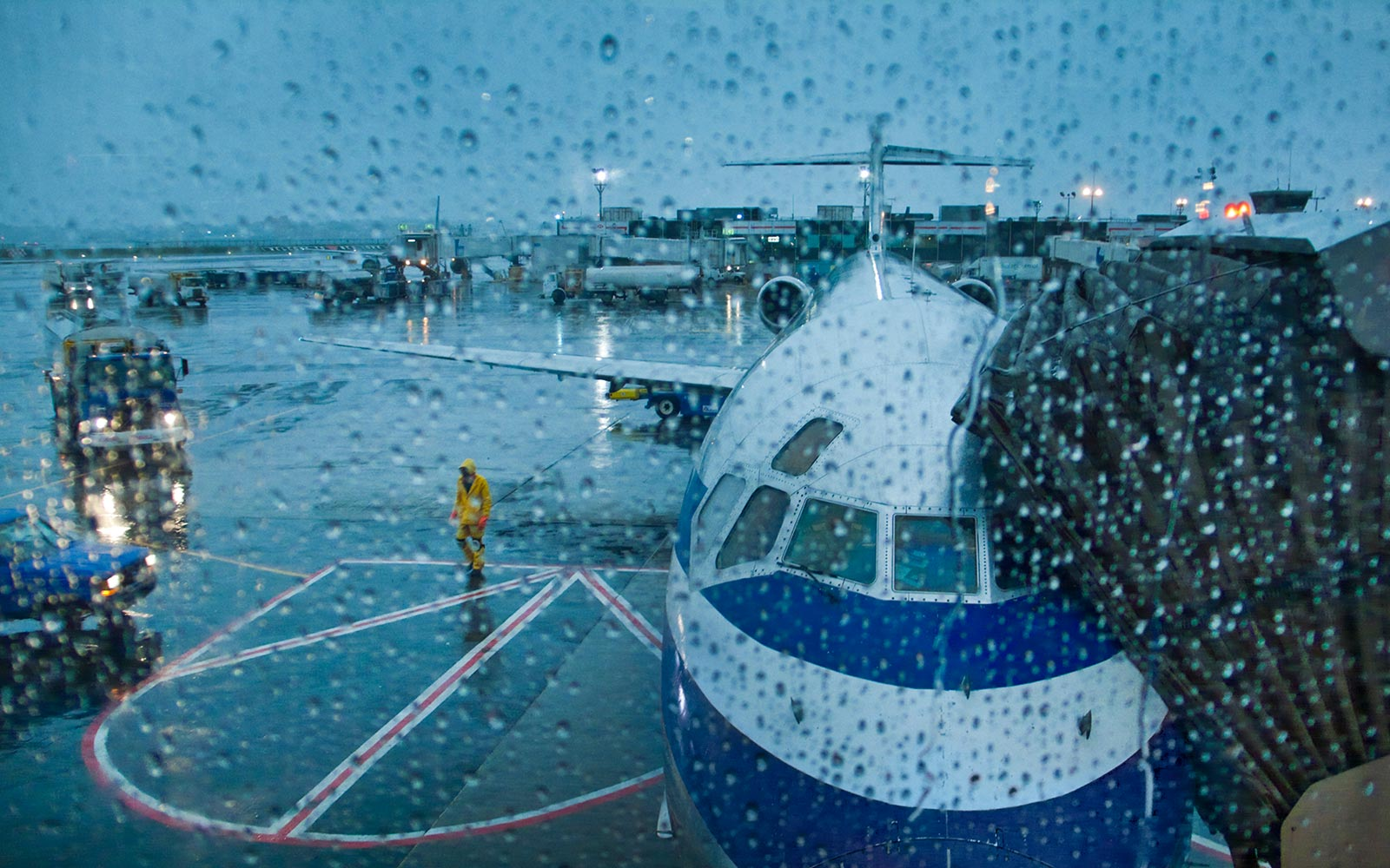 Bad Weather Diversion Airplane Airport Rain Storm