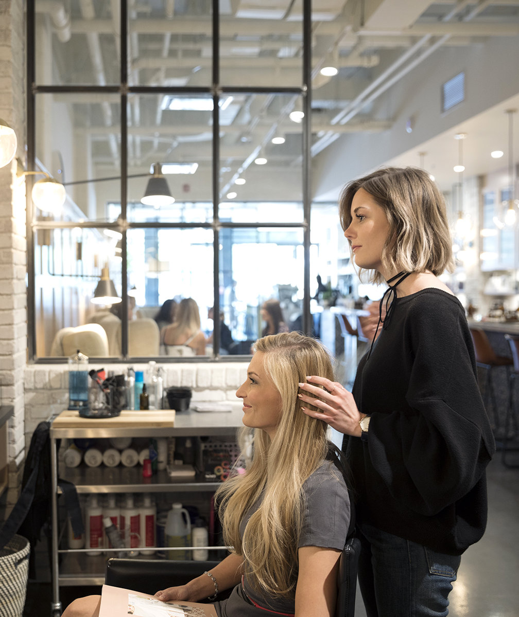 How Much to Tip Hairdressers and Stylists