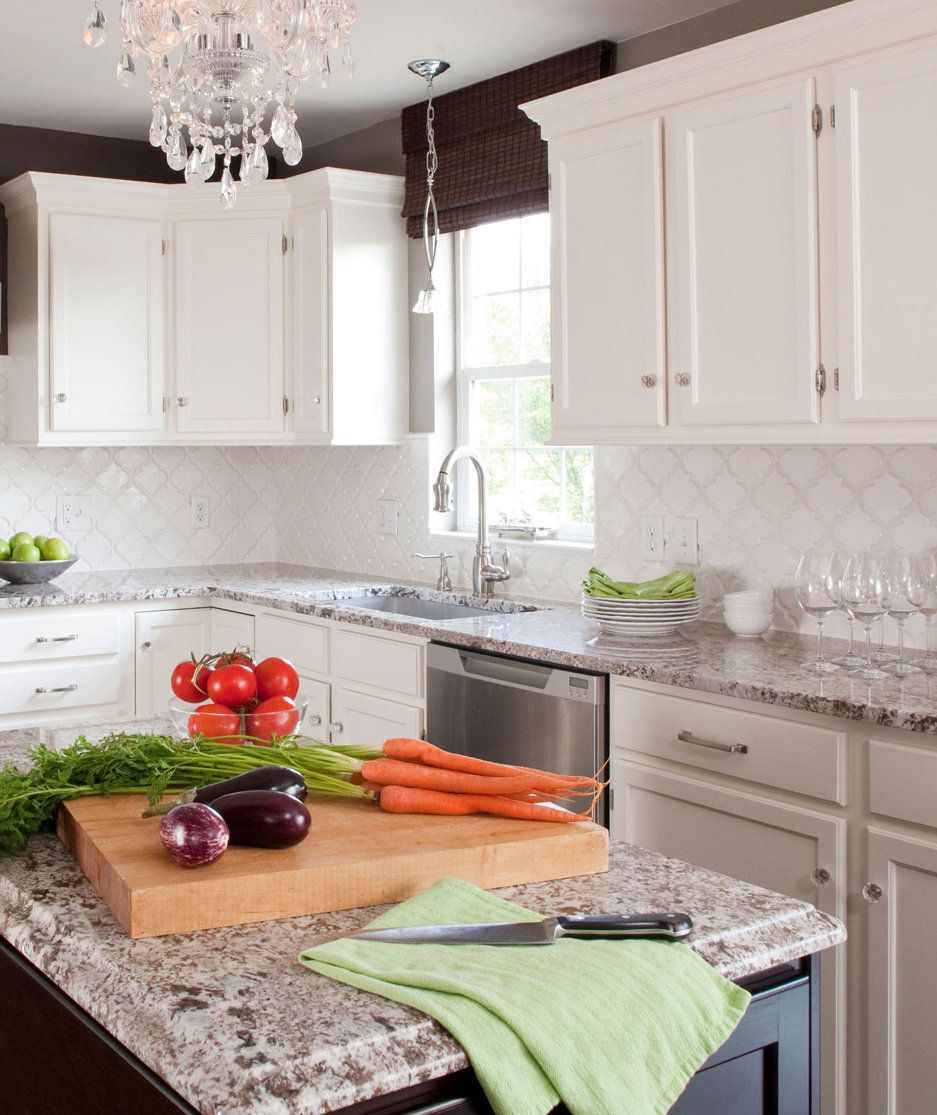 4 Impossibly Stylish Ways To Make Two Toned Cabinets Work In Your Kitchen