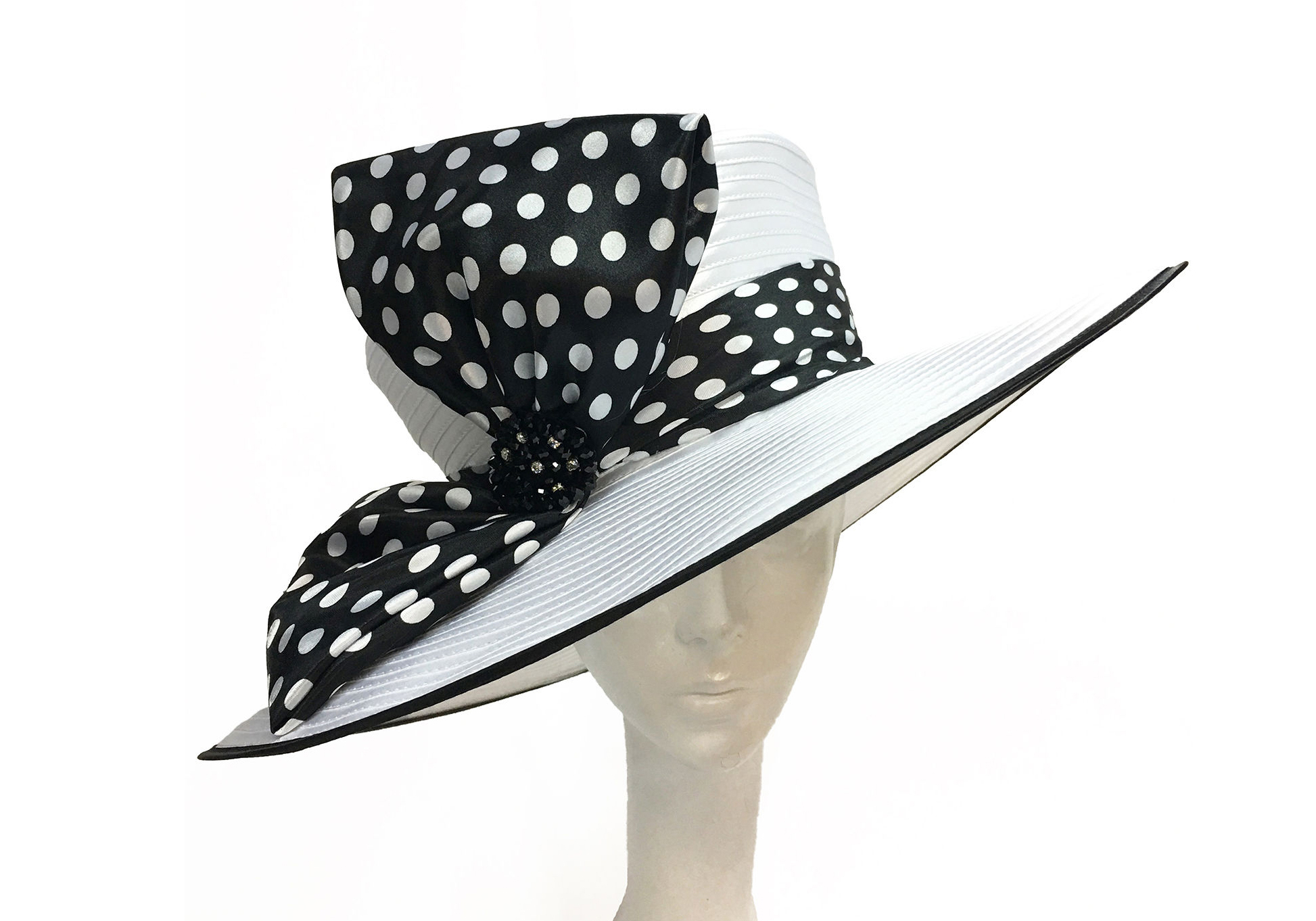 Straw Hat withPolka Dot Bow