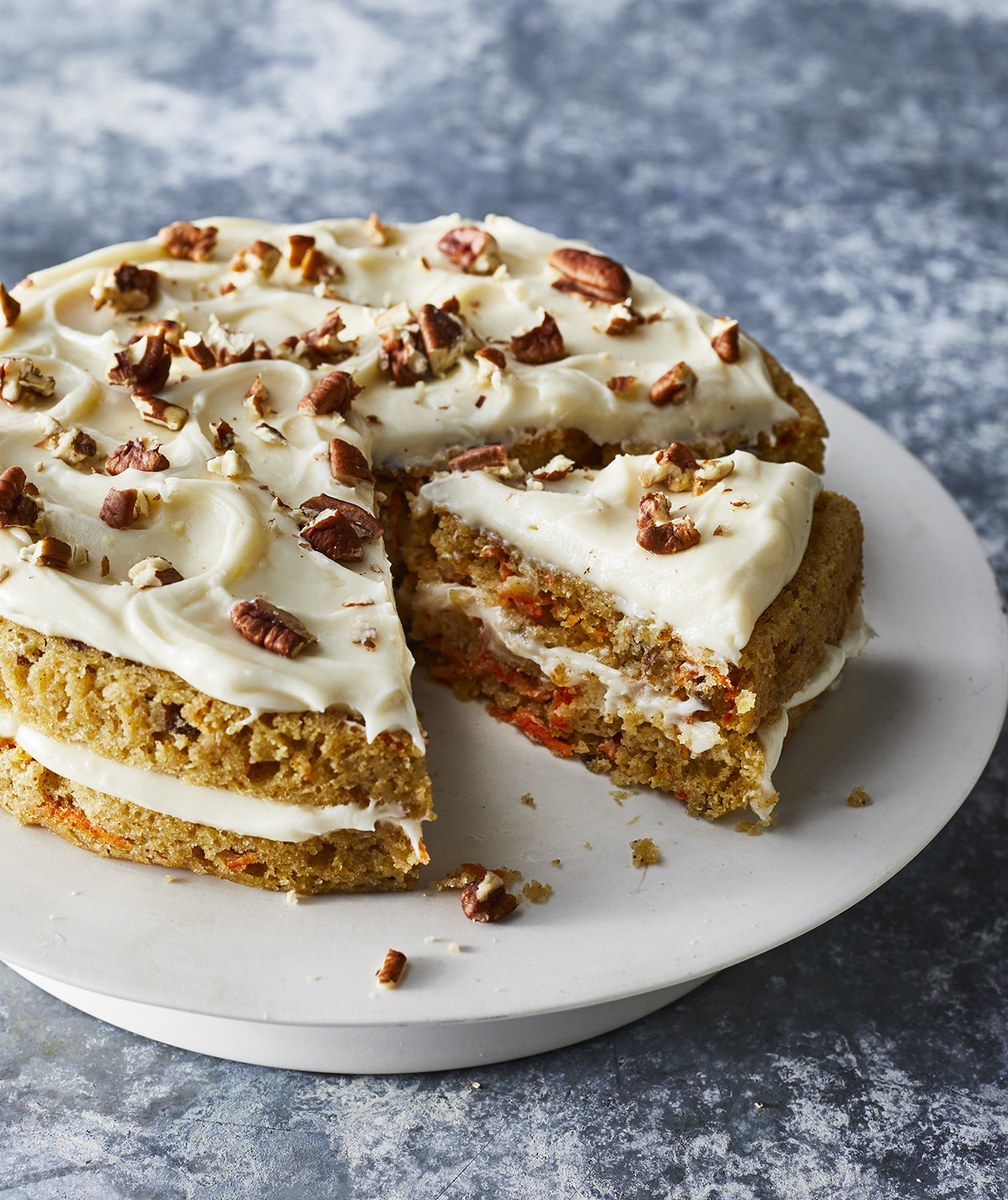 Slow-Cooker Carrot Cake With Cream Cheese Frosting