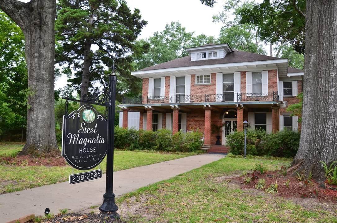 Steel Magnolias Bed and Breakfast