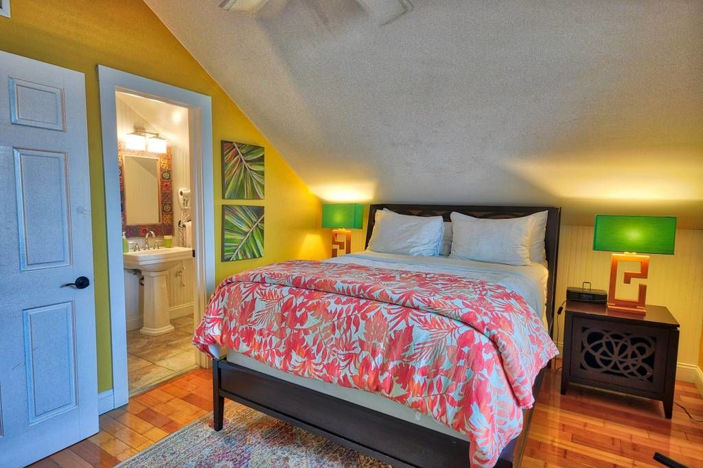 Tiny Colorful Key West Rental Bedroom