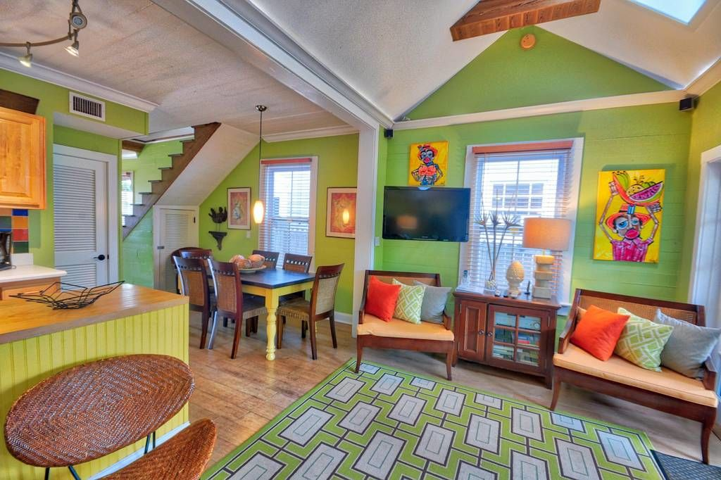 Tiny Colorful Key West Rental Living