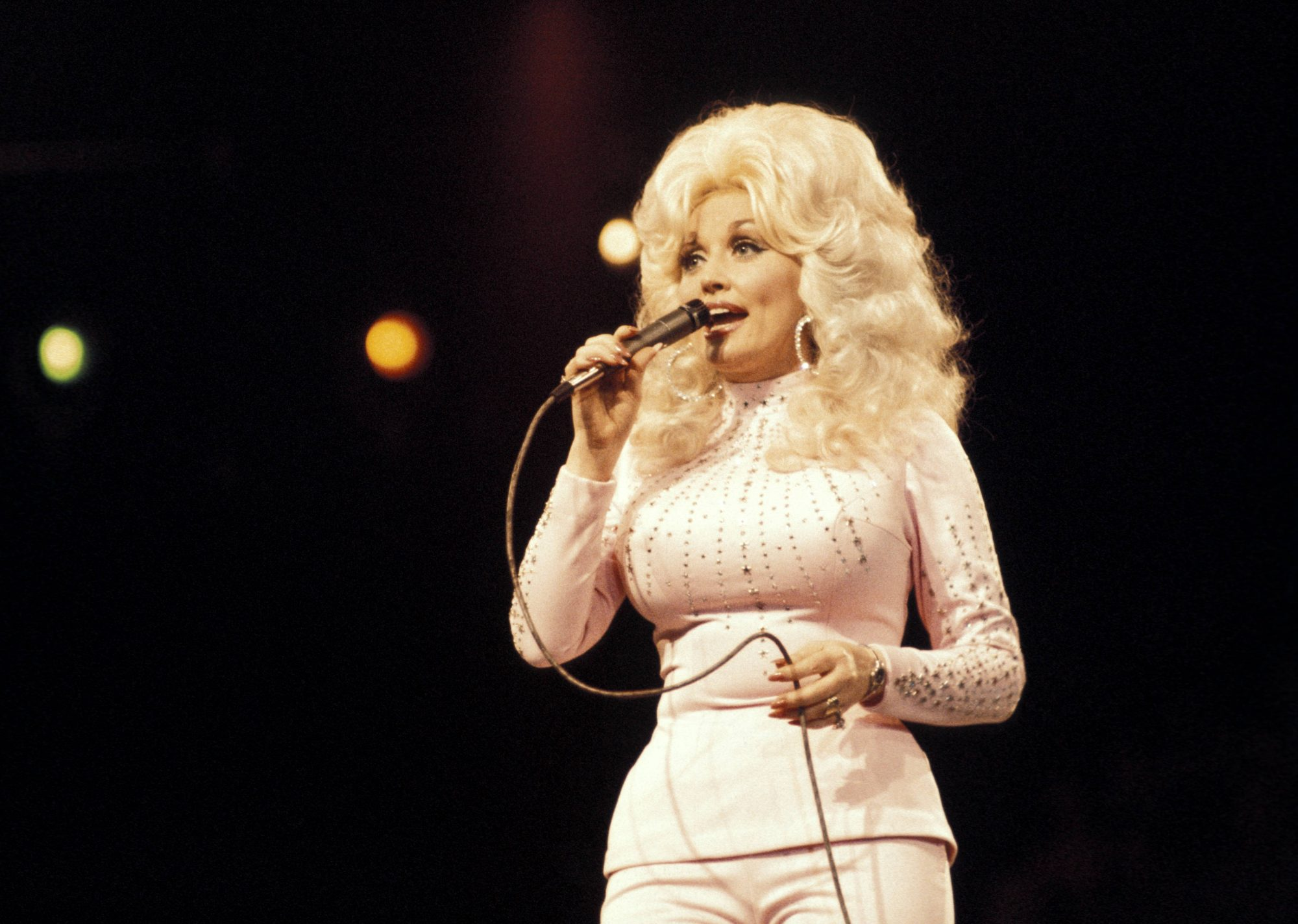 Dolly Parton Singing 1976