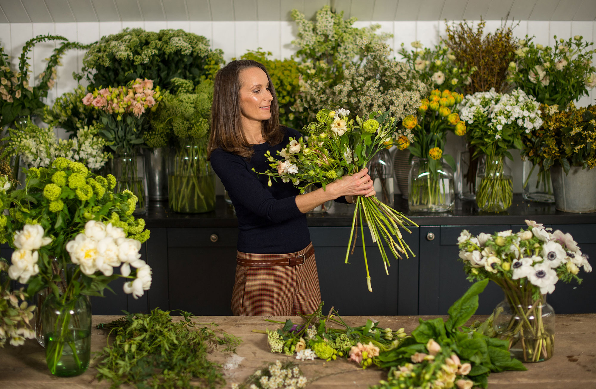 Harry and Meghan Just Revealed Their Wedding Flowers — and Their Sweet Plan to Help the Bees! florist-b