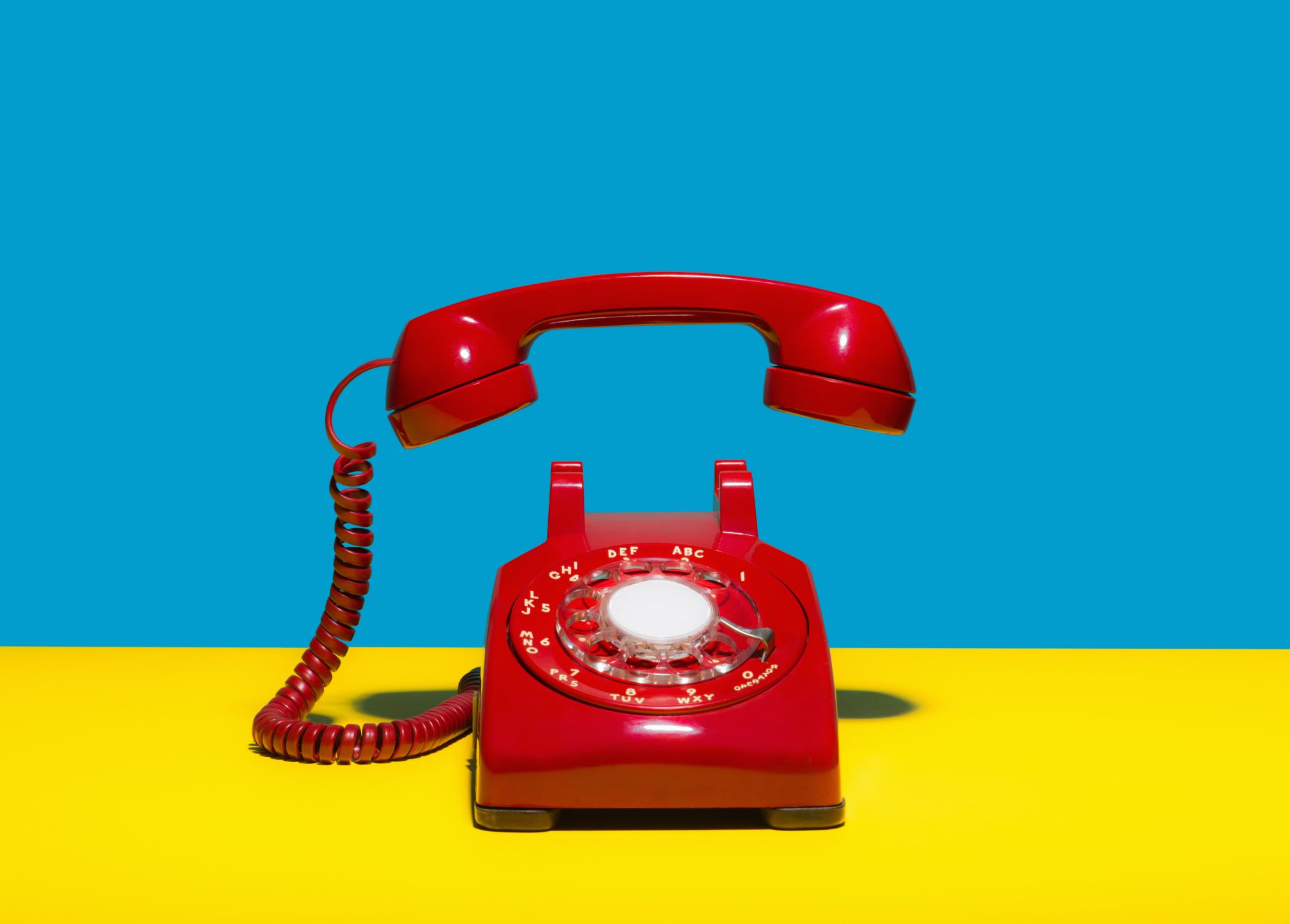 Proper Etiquette For How To Answer The Phone Southern Living