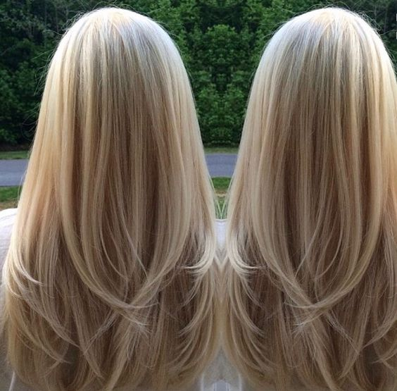 Straight, Sandy Blonde Hair With Layers