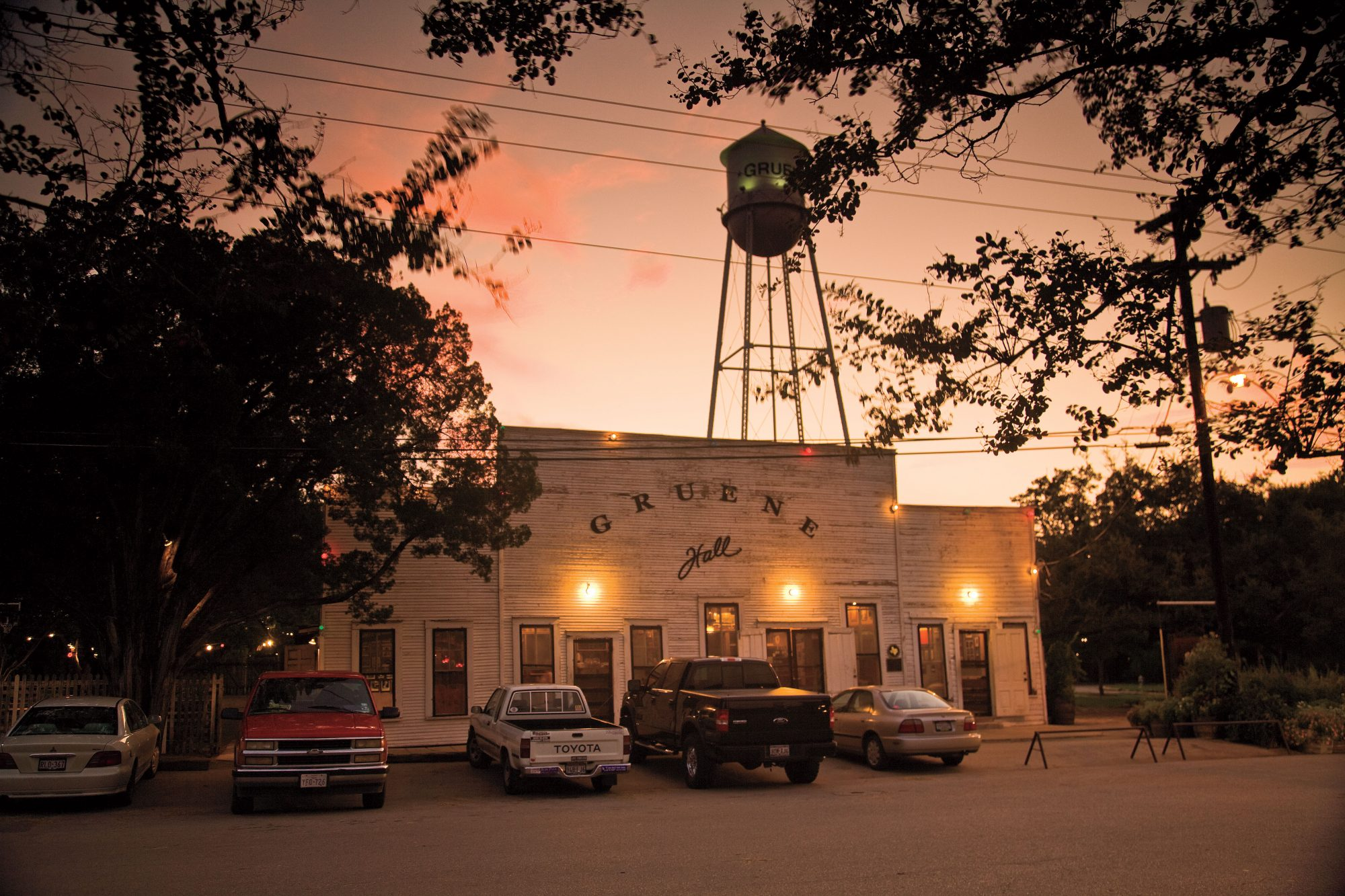 Best Southern Travel Destinations: Gruene Hall