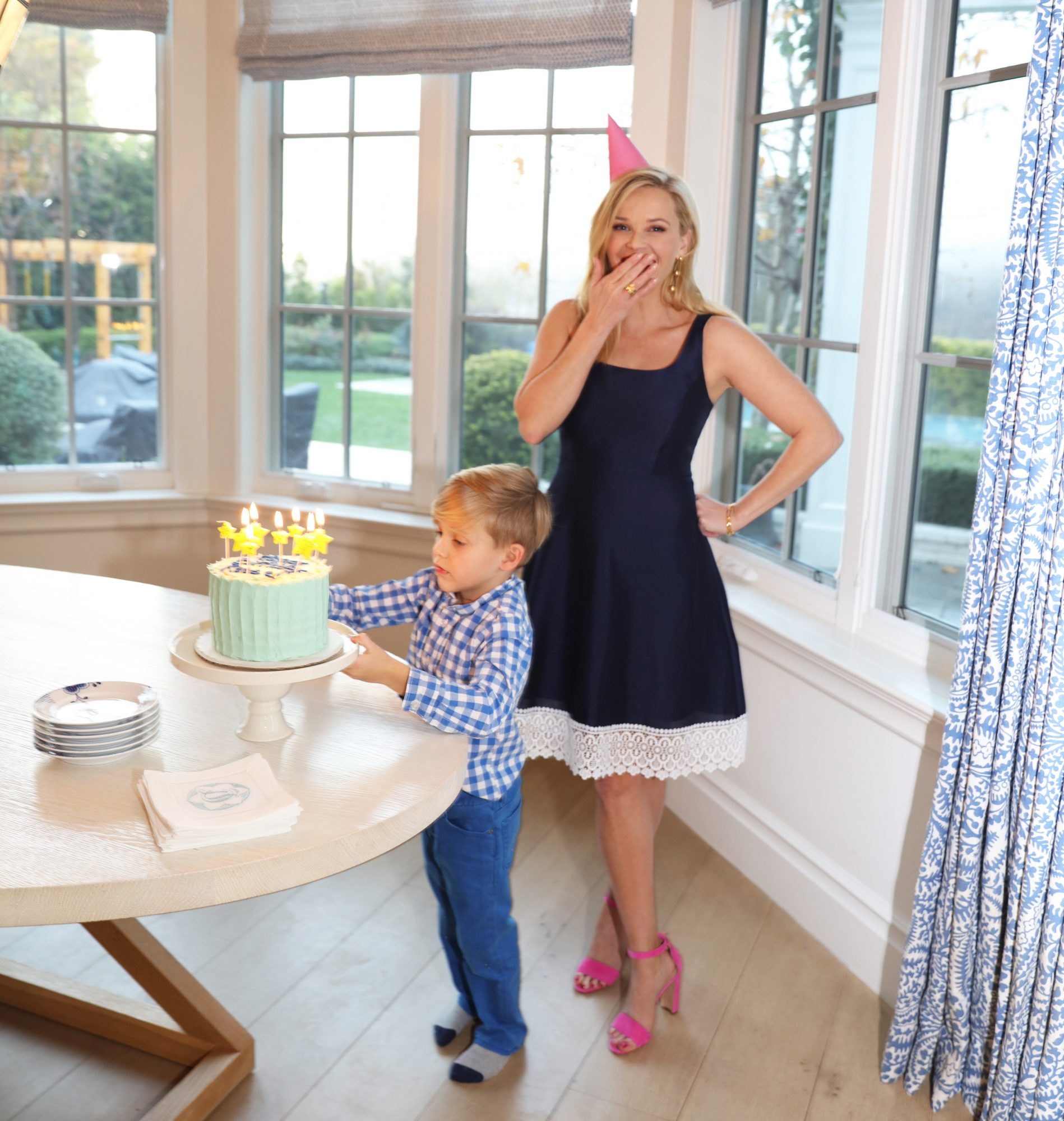 Celebrate Reese Witherspoon's 42nd Birthday With 20% Off Her Draper James Favorites unknown-11