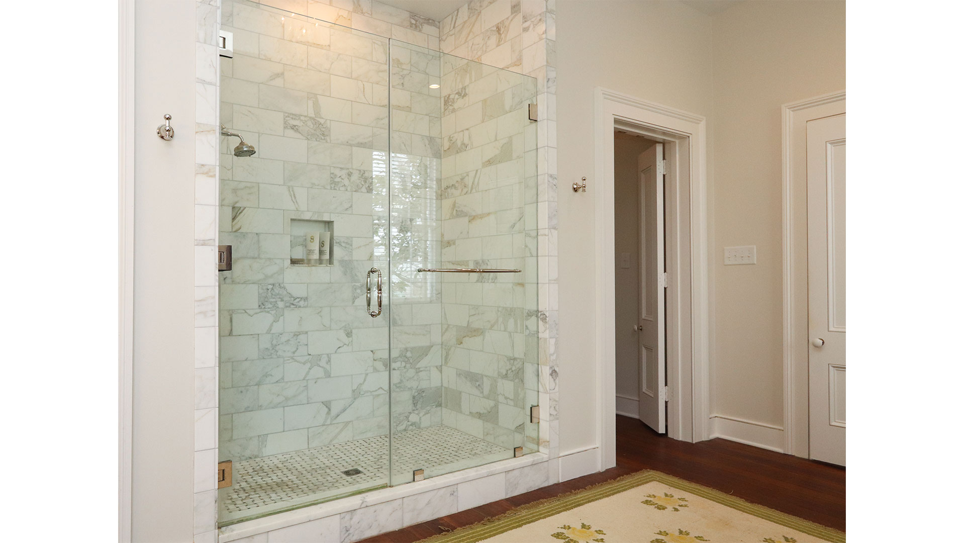 Southern Living 44 Battery Charleston Master Shower