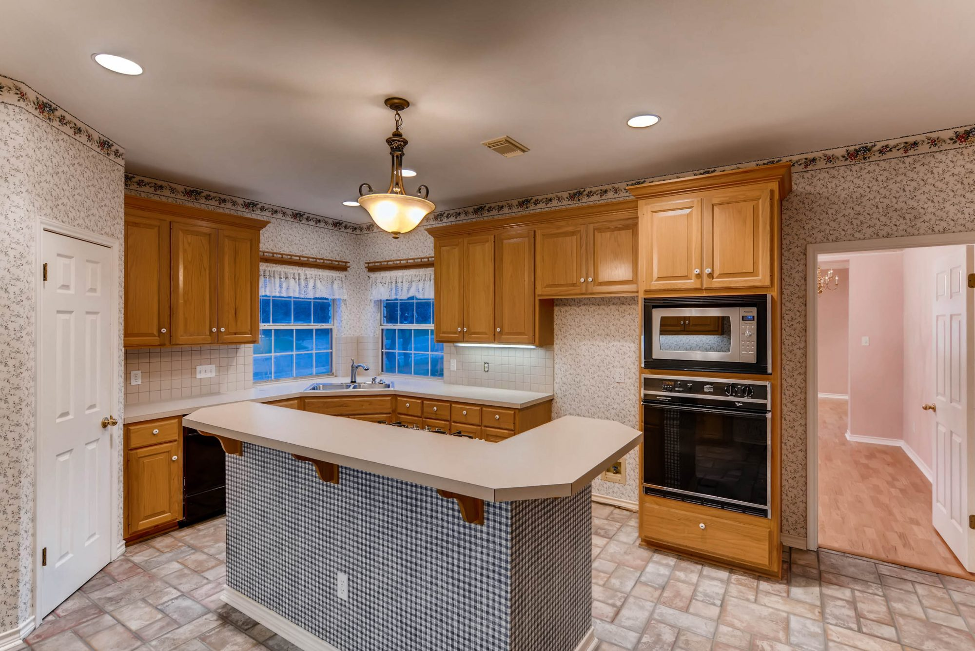 2018 Southern Living Idea House Kitchen Before Shot