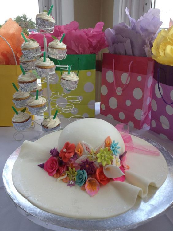 Derby White Hat Cake with Flowers
