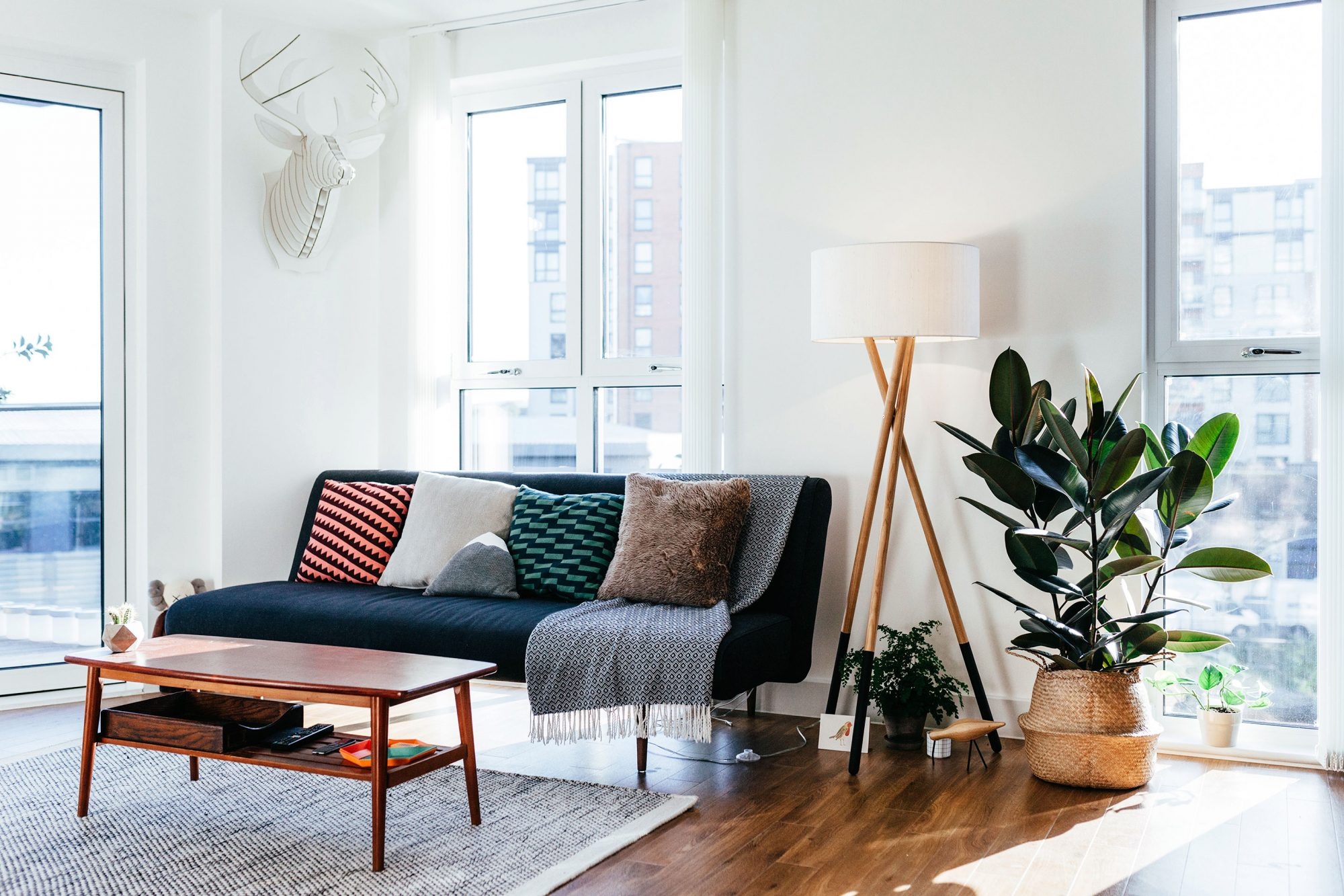 6 Affordable Renovations That Will Instantly Boost Your Home Value fix05_n