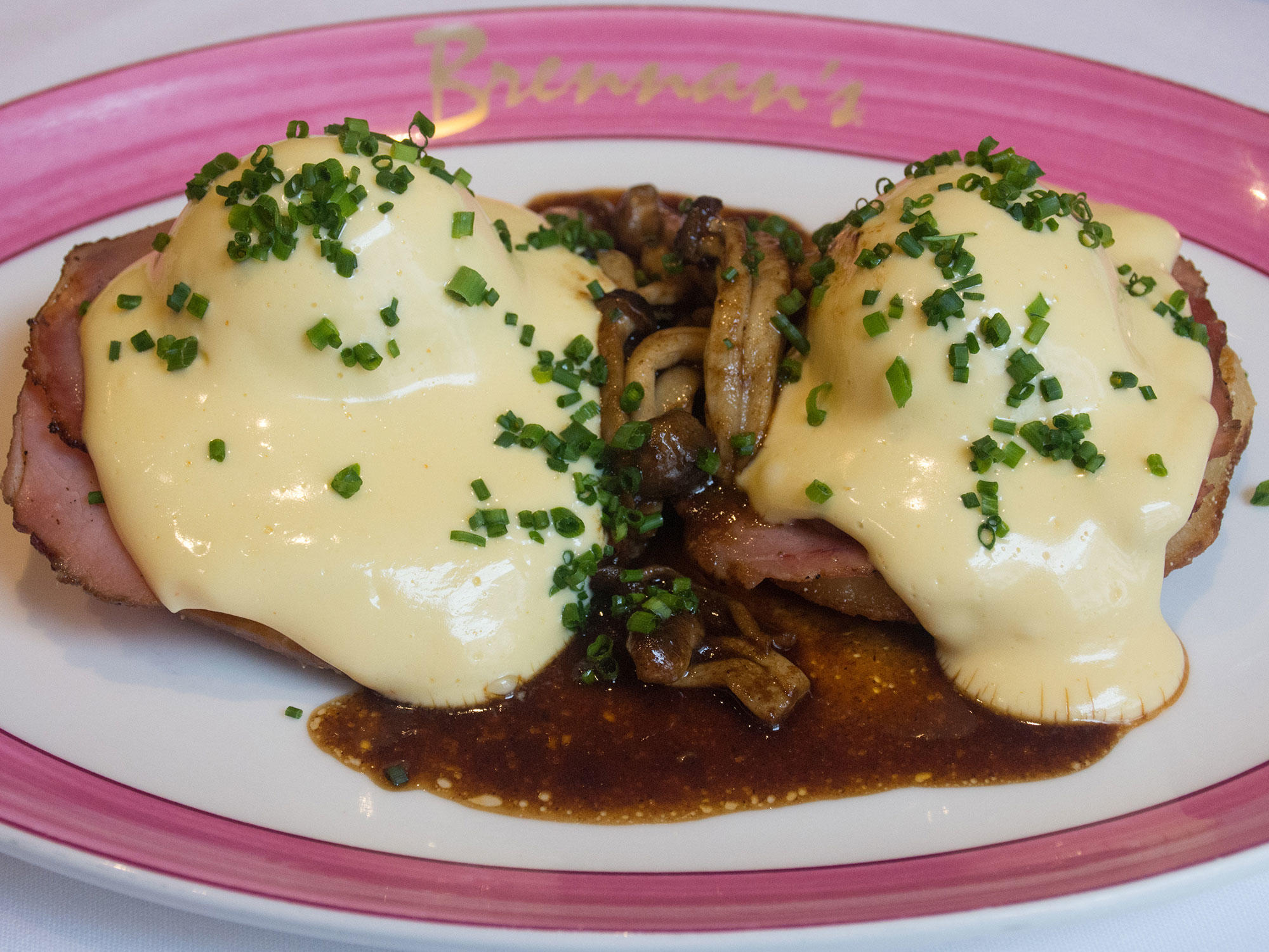 New Orleans Is the Eggs Benedict Capital of the World Eggs-Hussardeinline