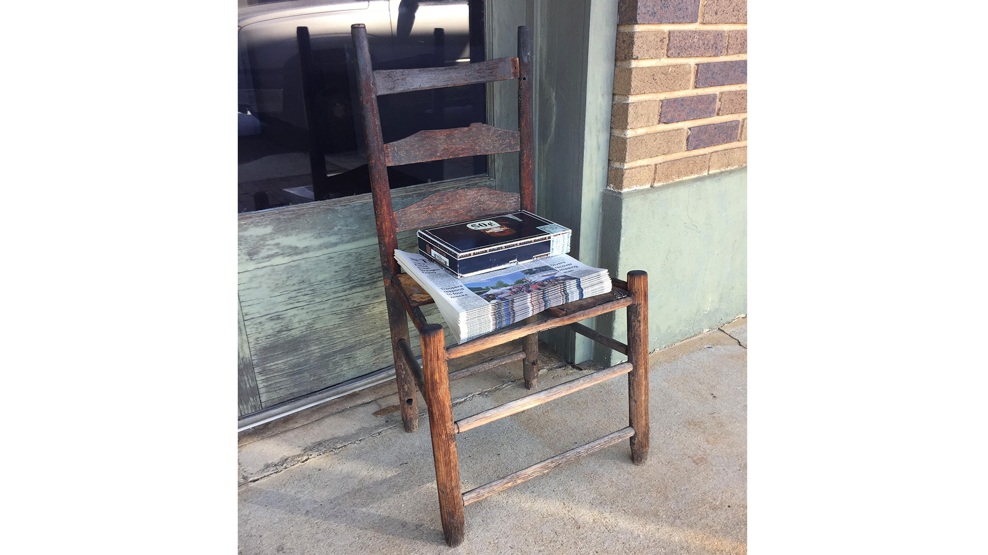 Southern Living Evergreen Courant Chair