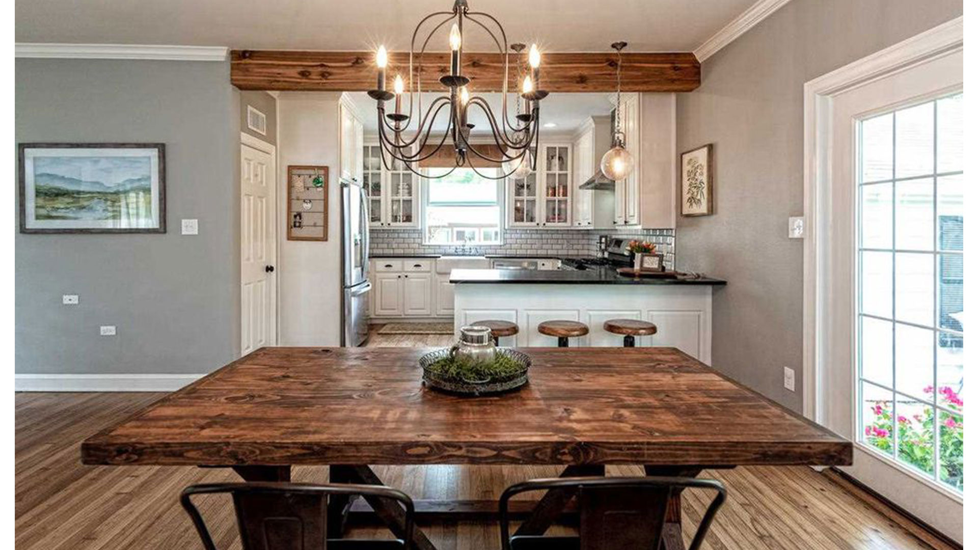 Fixer Upper Dutch Door House_Dining Room