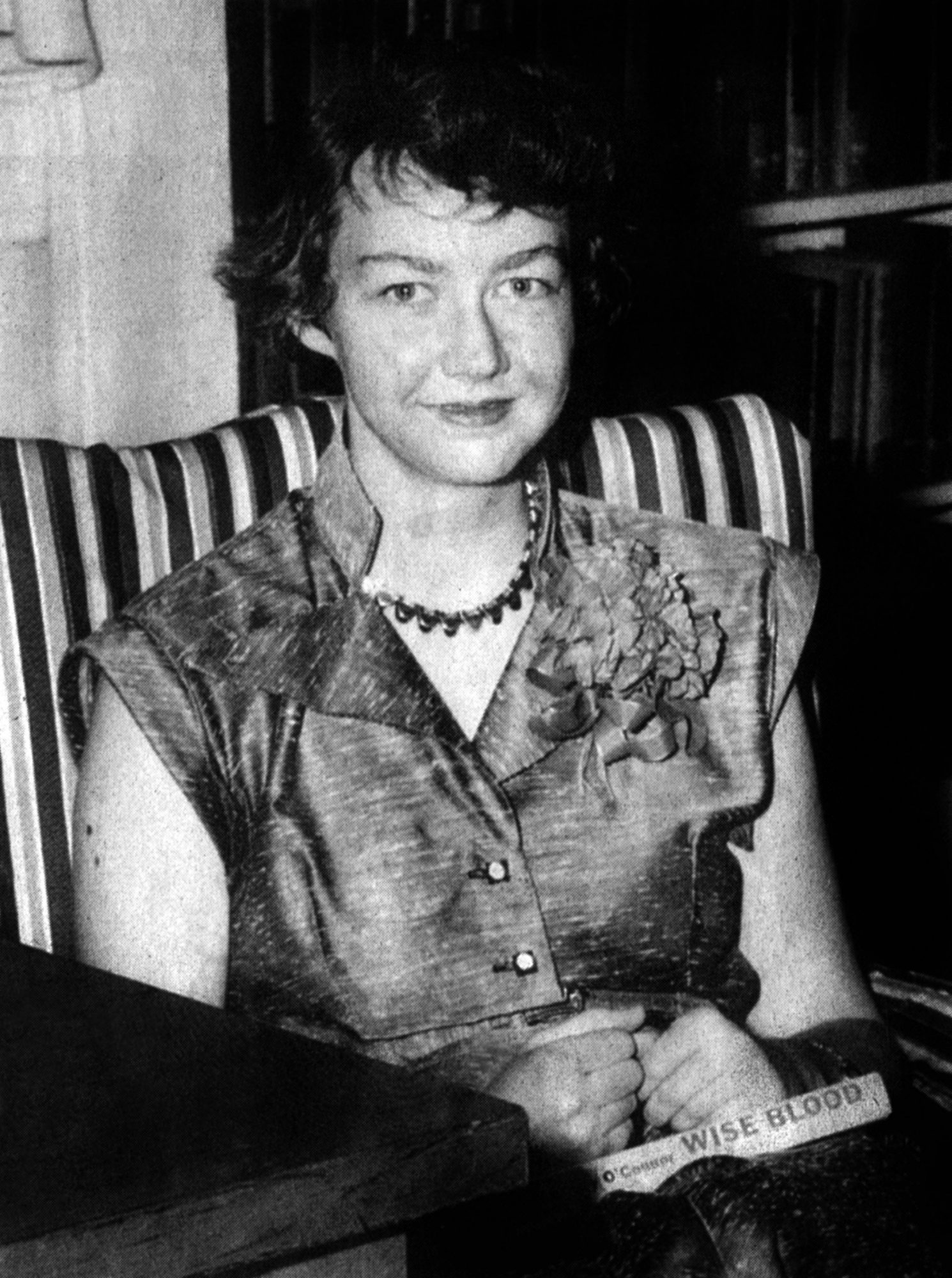 """analysis of characters in flannery o connor s Analysis """"everything that rises must converge"""" (1961) flannery o'connor (1925-1964) """"there is a fateful encounter between a negro woman and another of miss o'connor's foolish but well."""