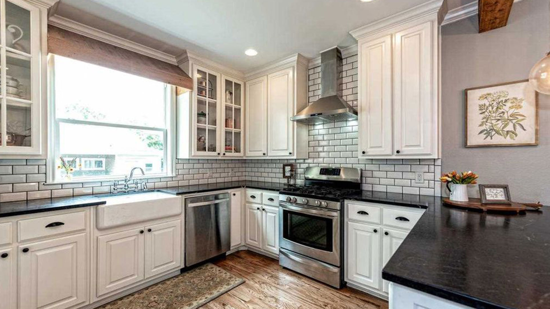 Fixer Upper Dutch Door House_Kitchen